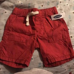 Old navy toddler shorts in 3T. Still with tags